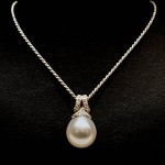 pearl necklace, British Pearl association